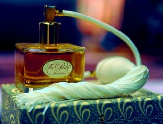perfume-bottle-c.jpg